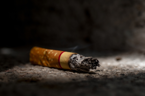 colon cancer smoking risk